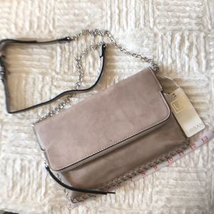 Street level sand purse
